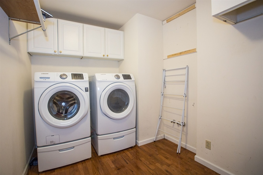 Real Estate Photography - 201 Manor Dr, Middletown, DE, 19709 - Laundry Room