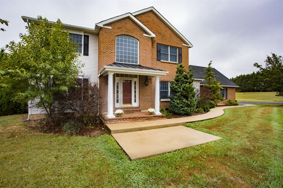 Real Estate Photography - 201 Manor Dr, Middletown, DE, 19709 - Welcome Home!