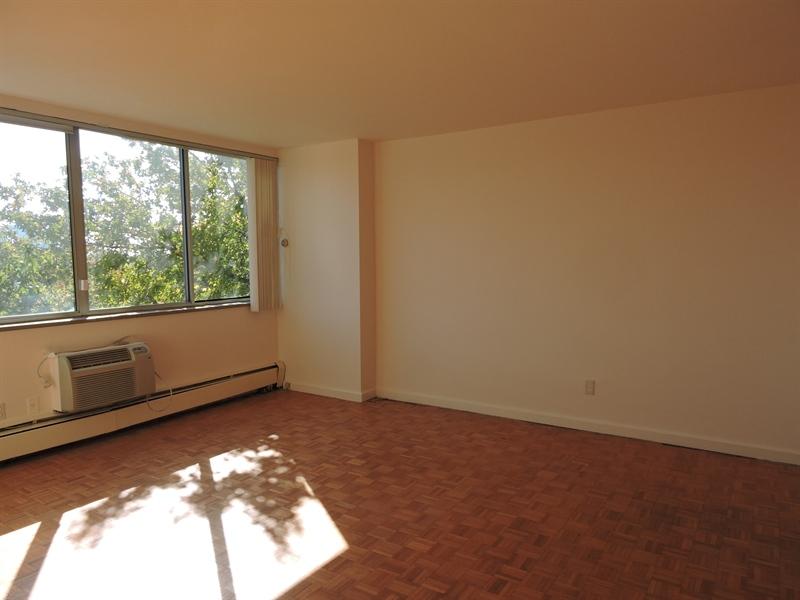 Real Estate Photography - 1401 Pennsylvania Avenue #410, 410, Wilmington, DE, 19806 - Location 7