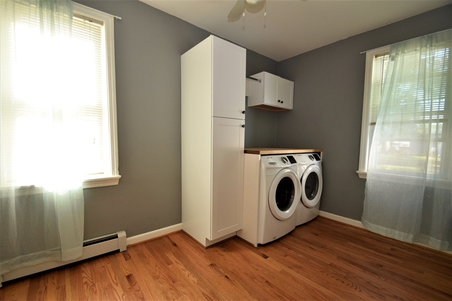 Real Estate Photography - 212 Park Cir, Elkton, MD, 21921 - Main floor laundry