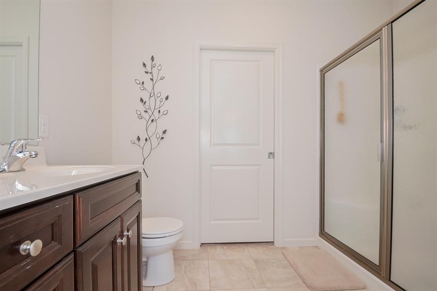 Real Estate Photography - 143 Honeycroft Blvd Boulevard, Cochranville, DE, 19330 - Owners Large Bath