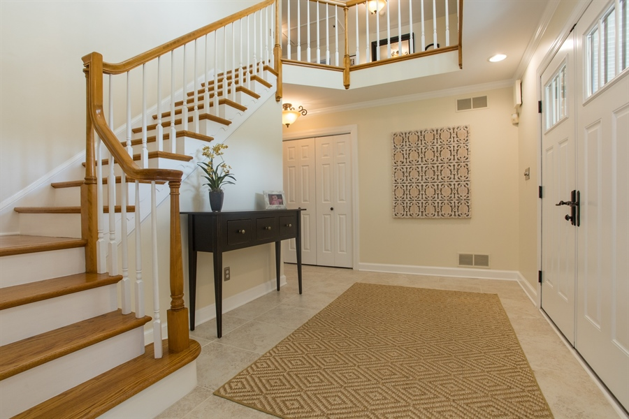 Real Estate Photography - 6 Welwyn Rd, Newark, DE, 19711 - Foyer
