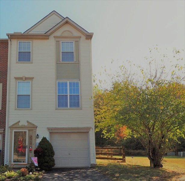 Real Estate Photography - 40 Whitetail Way, Elkton, MD, 21921 - Front Full View