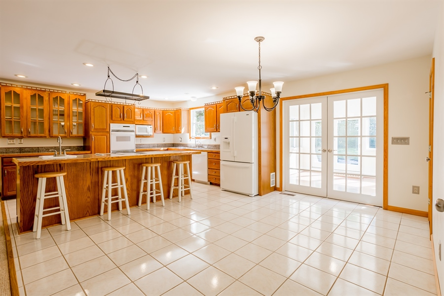 Real Estate Photography - 20 Water St, Lincoln, DE, 19960 - GOURMET KITCHEN AND DINING AREA