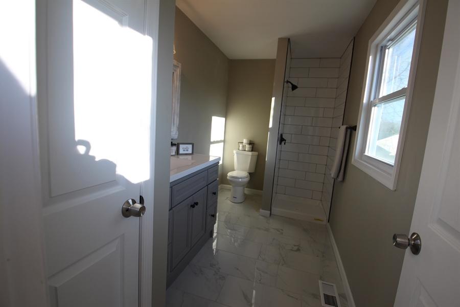 Real Estate Photography - 32 Palomino Pl, Elkton, MD, 21921 - Full Hall Bath