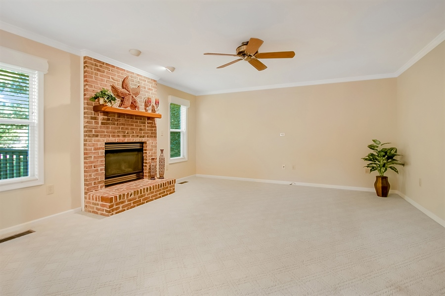 Real Estate Photography - 102 Beacon Ct, Wilmington, DE, 19808 - Another Family Room View