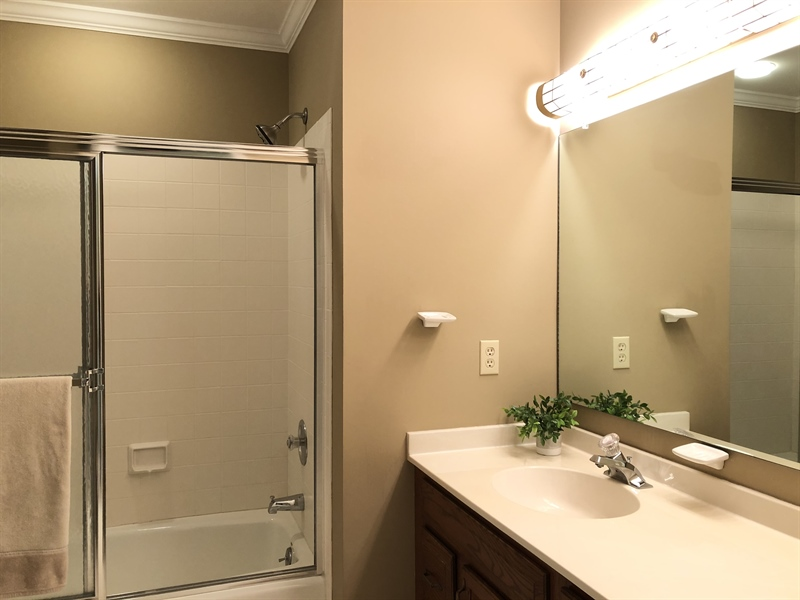 Real Estate Photography - 4919 Lancaster Pike, Wilmington, DE, 19807 - Another nice full bath upstairs