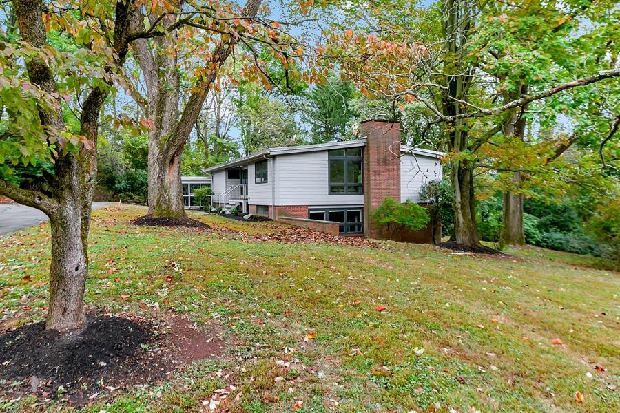 Real Estate Photography - 112 S Spring Valley Rd, Greenville, DE, 19807 - 2.33 Beautfully Wooden Acres
