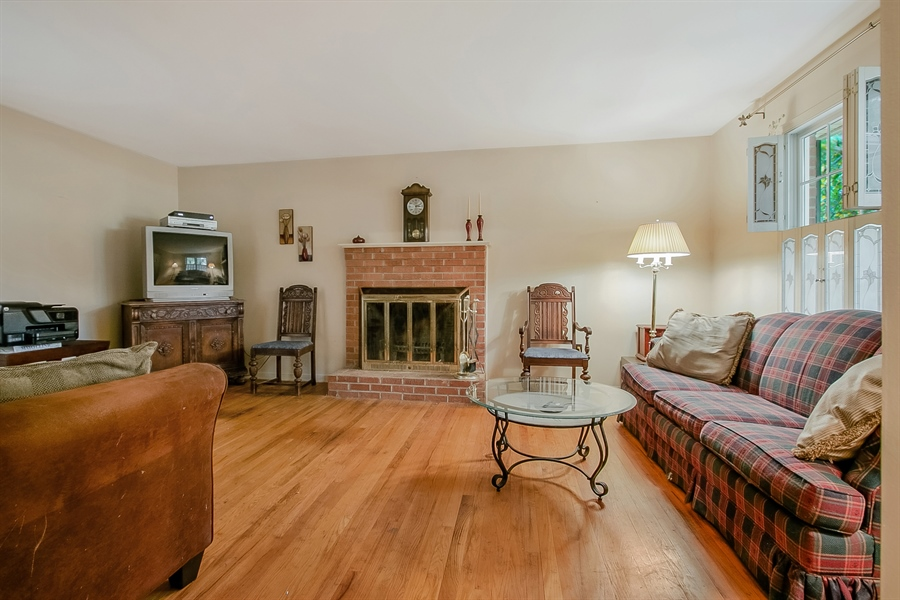 Real Estate Photography - 109 Foxbrook Dr, Landenberg, PA, 19350 - Fireplace in Family Room
