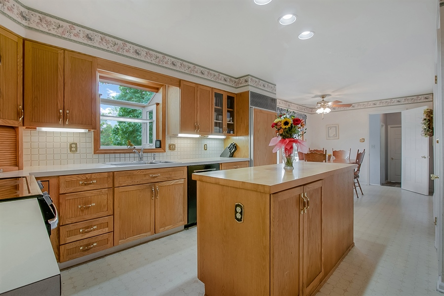 Real Estate Photography - 109 Foxbrook Dr, Landenberg, PA, 19350 - Kitchen w/ SubZero frig and Bosch  dishwasher