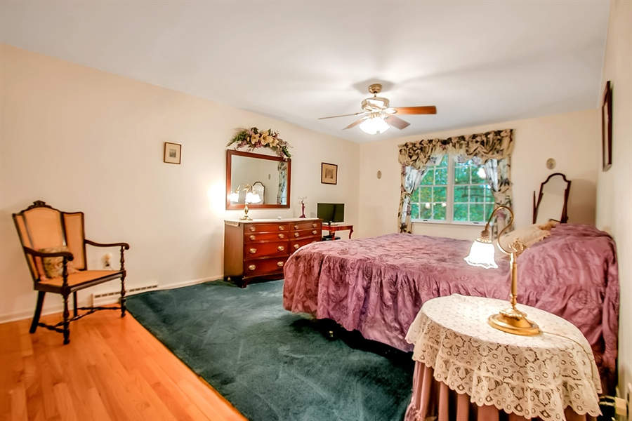 Real Estate Photography - 109 Foxbrook Dr, Landenberg, PA, 19350 - Owner's Suite with walk in closet and full Bath