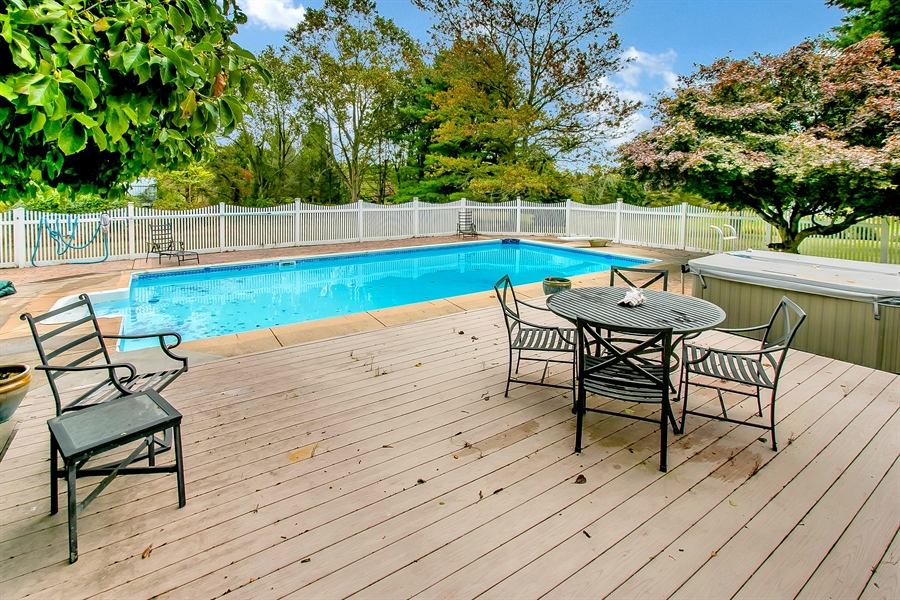 Real Estate Photography - 109 Foxbrook Dr, Landenberg, PA, 19350 - In-ground pool
