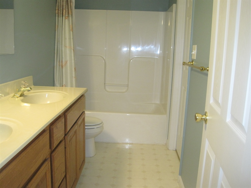 Real Estate Photography - 21 B North East Isles Drive, North East, DE, 21901 - bathroom