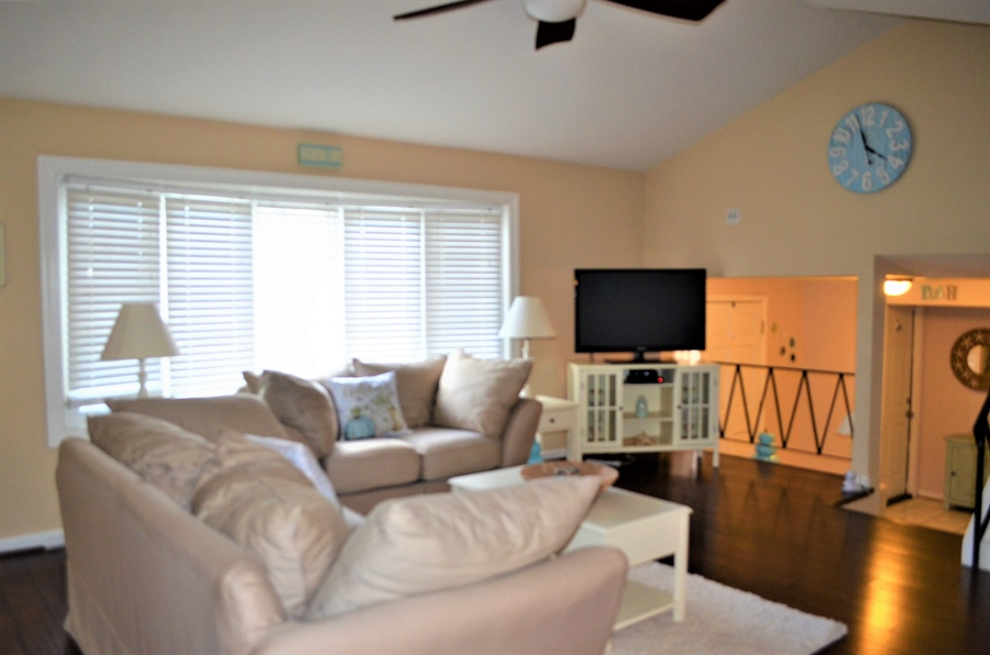Real Estate Photography - 119 S Dillwyn Rd, Newark, DE, 19711 - Living Room w tons of Natural Light