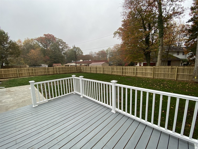 Real Estate Photography - 206 Hoiland Dr, Wilmington, DE, 19803 - Serene Backyard
