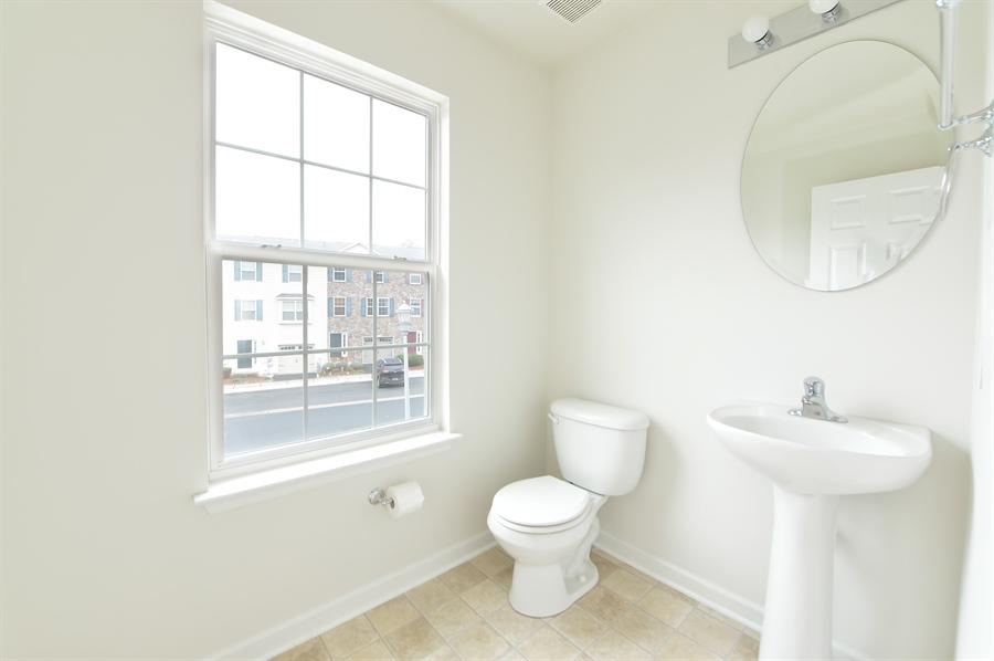 Real Estate Photography - 125 Ben Boulevard, Elkton, DE, 21921 - Main level Powder Room
