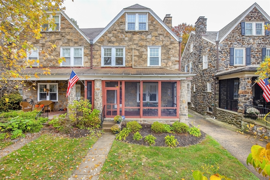 Real Estate Photography - 1316 Woodlawn Ave, Wilmington, DE, 19806 - Location 1