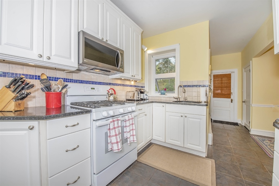 Real Estate Photography - 1316 Woodlawn Ave, Wilmington, DE, 19806 - Location 11