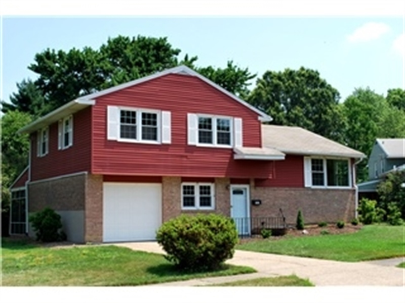 Real Estate Photography - 2403 Knowles Rd, Wilmington, DE, 19810 - Location 1