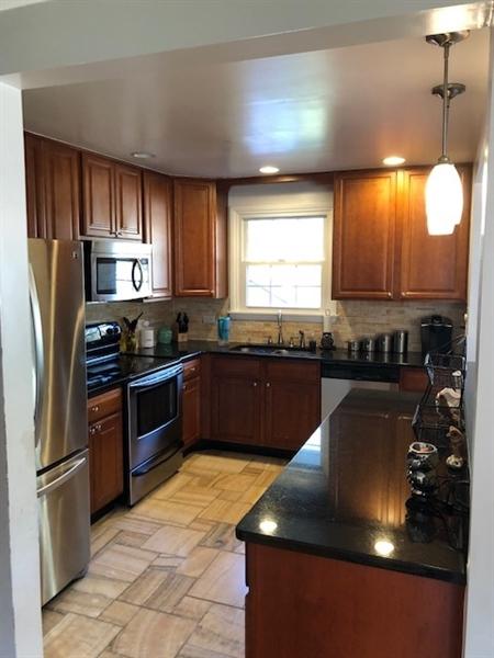 Real Estate Photography - 2403 Knowles Rd, Wilmington, DE, 19810 - Location 9
