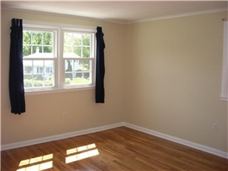 Real Estate Photography - 2403 Knowles Rd, Wilmington, DE, 19810 - Location 12