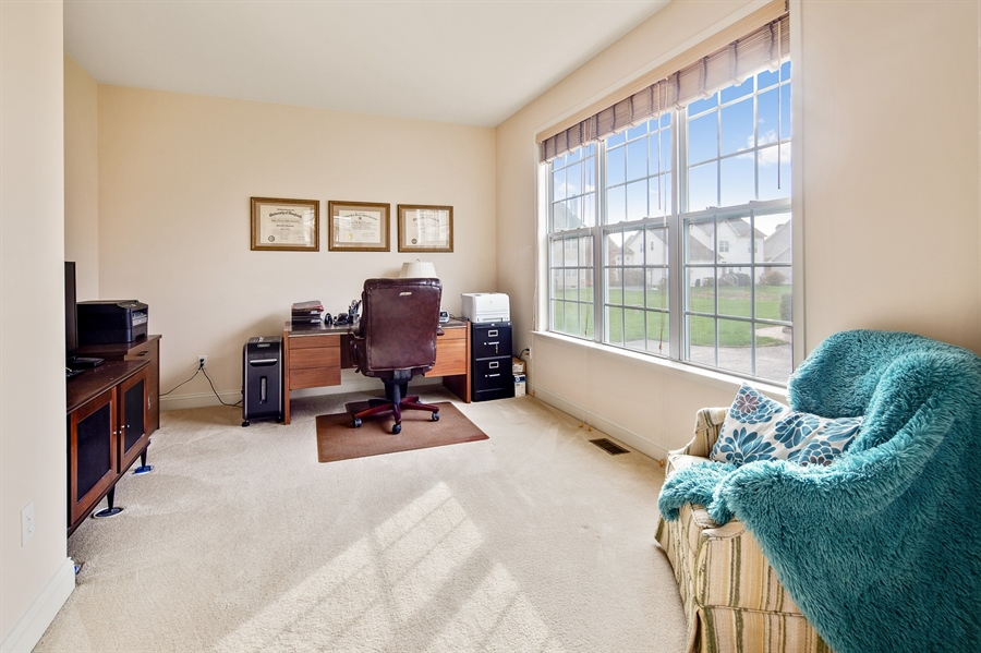 Real Estate Photography - 747 Idlewyld Dr, Middletown, DE, 19709 - Study