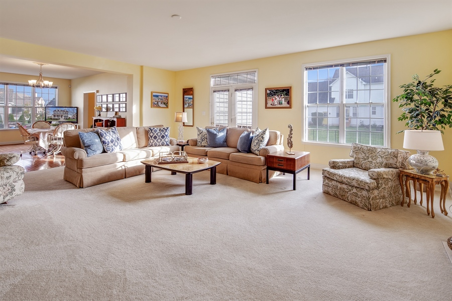 Real Estate Photography - 747 Idlewyld Dr, Middletown, DE, 19709 - Family Room