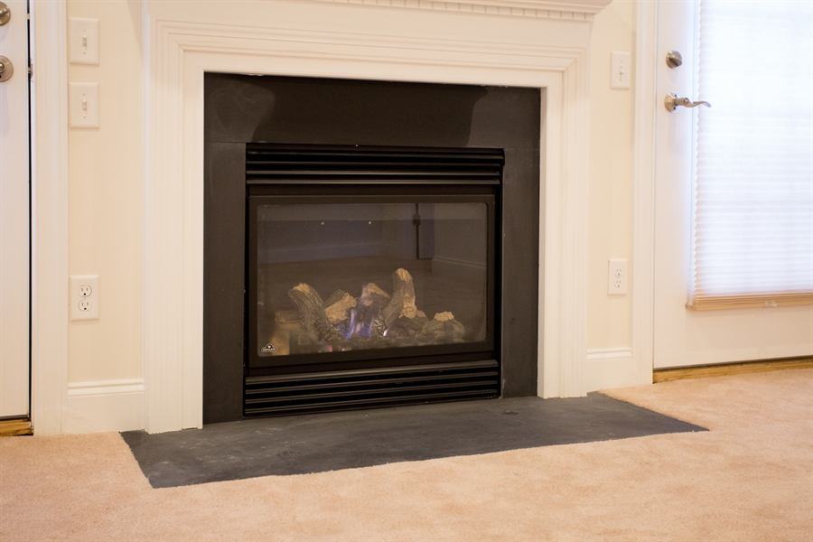Real Estate Photography - 148 Landis Way N, Wilmington, DE, 19803 - Gas fireplace in family room!