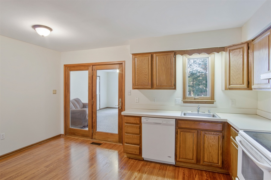 Real Estate Photography - 16 Green Meadow Ct, Newark, DE, 19711 - Sliders to FR
