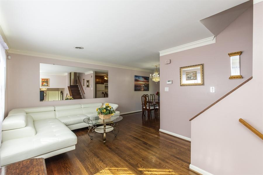 Real Estate Photography - 2100 Elder Dr, Wilmington, DE, 19808 - Bright & open living room