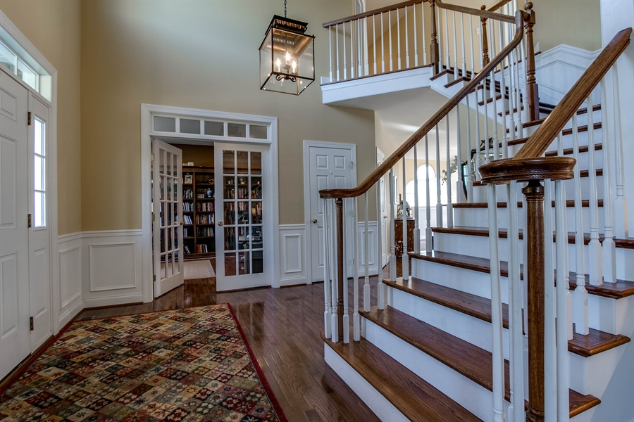 Real Estate Photography - 104 Cezanne Ct, Landenberg, PA, 19350 - Foyer - Another View