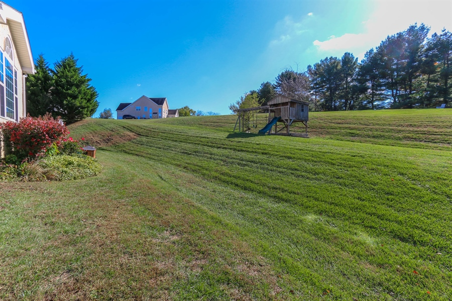 Real Estate Photography - 104 Cezanne Ct, Landenberg, PA, 19350 - Backs to Open Area