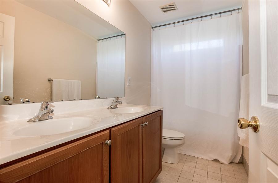 Real Estate Photography - 104 Cezanne Ct, Landenberg, PA, 19350 - Hall Tile Bath