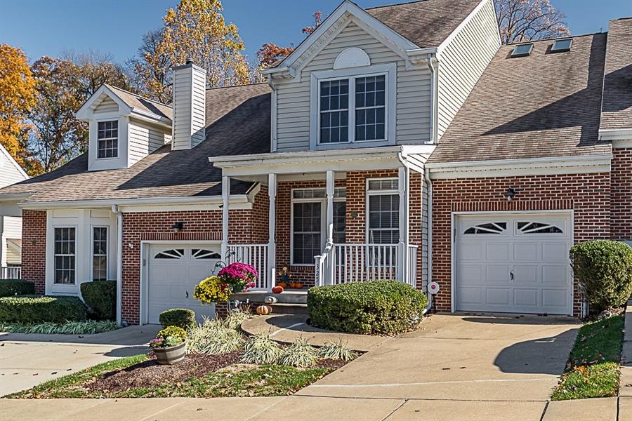 Real Estate Photography - 325 Regis Falls Ave, Wilmington, DE, 19808 - Location 2