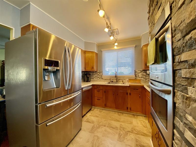 Real Estate Photography - 3312 Altamont Dr, Wilmington, DE, 19810 - Stainless Steel Appliances