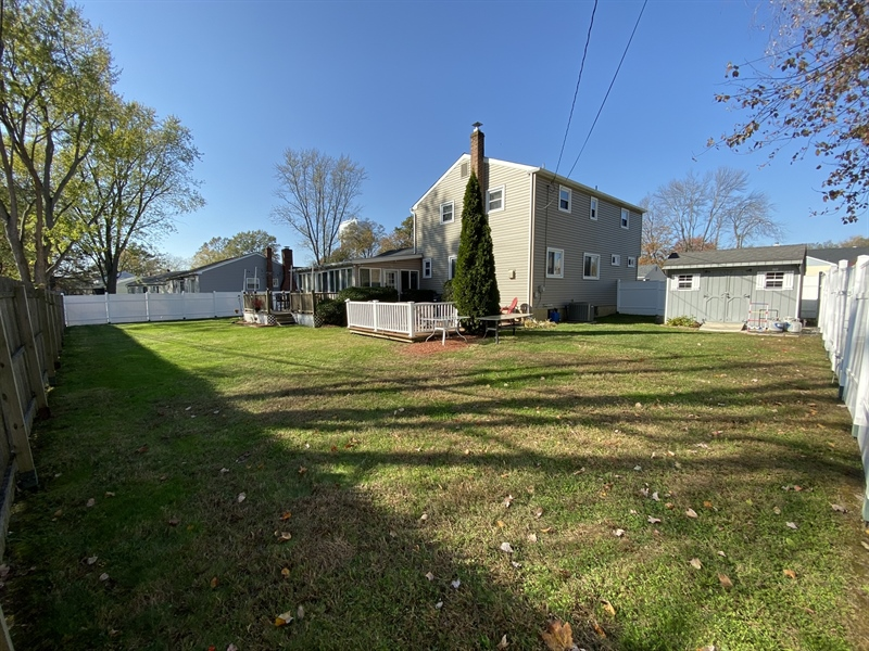 Real Estate Photography - 3312 Altamont Dr, Wilmington, DE, 19810 - Fenced-in Backyard