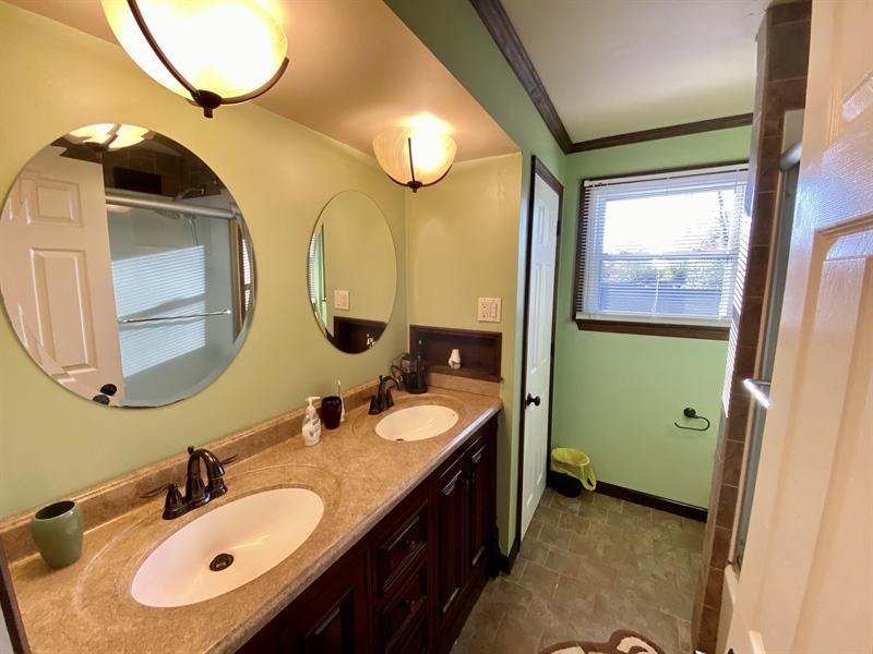 Real Estate Photography - 3312 Altamont Dr, Wilmington, DE, 19810 - Hall Bath
