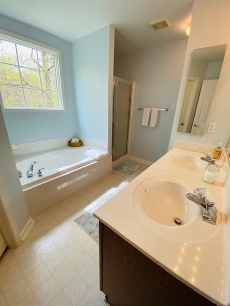 Real Estate Photography - 17 Westwoods Blvd, Hockessin, DE, 19707 - Master Bath Soaking Tub & Separate Stall Shower