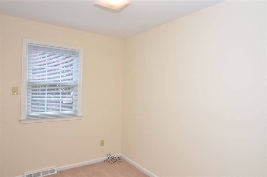 Real Estate Photography - 1508 N Lincoln St, Wilmington, DE, 19806 - Bedroom #3