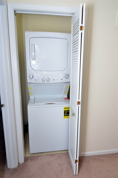 Real Estate Photography - 1508 N Lincoln St, Wilmington, DE, 19806 - Second Floor Washer/Dryer