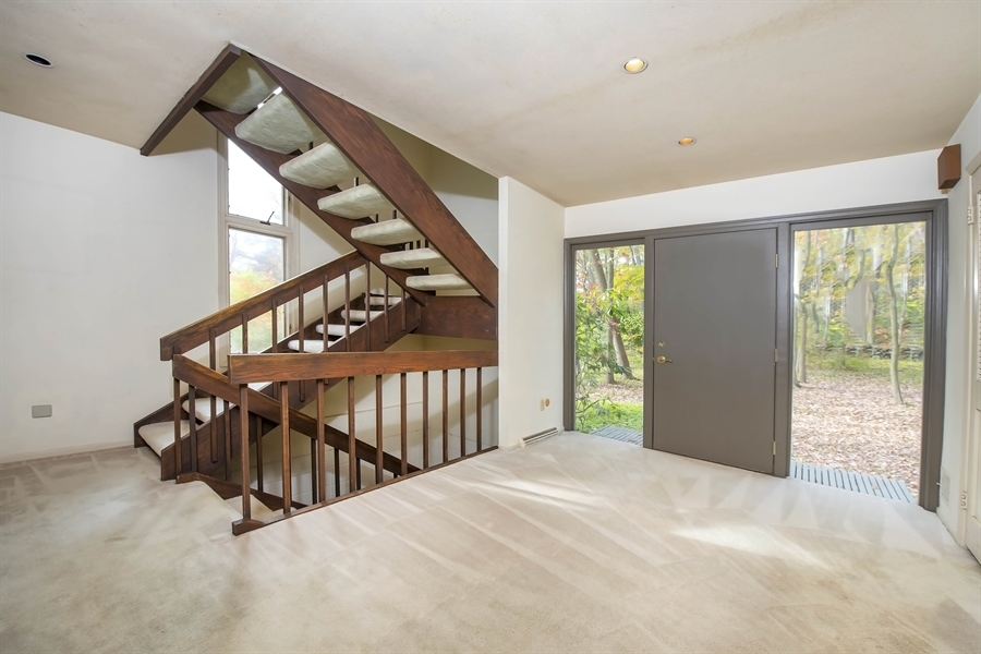 Real Estate Photography - 623 Shipley Rd, Wilmington, DE, 19809 - Custom Designed Entry Foyer