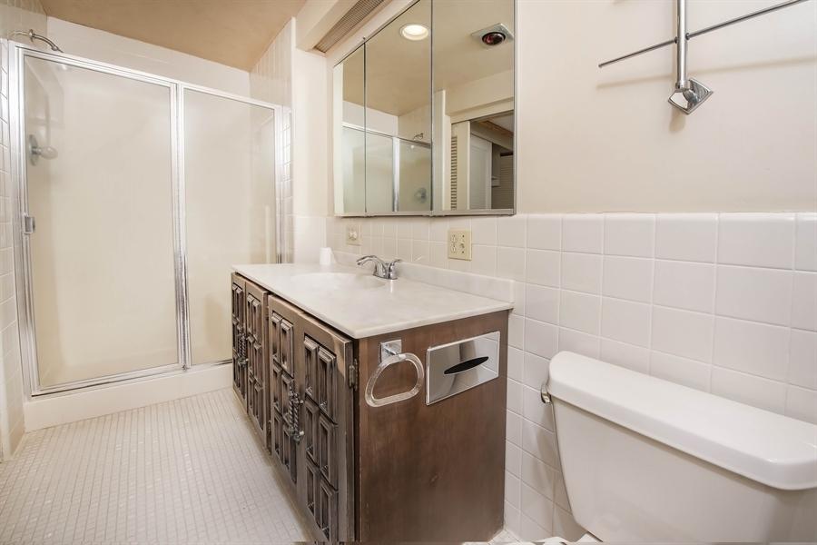 Real Estate Photography - 623 Shipley Rd, Wilmington, DE, 19809 - In-Suite Master Bath