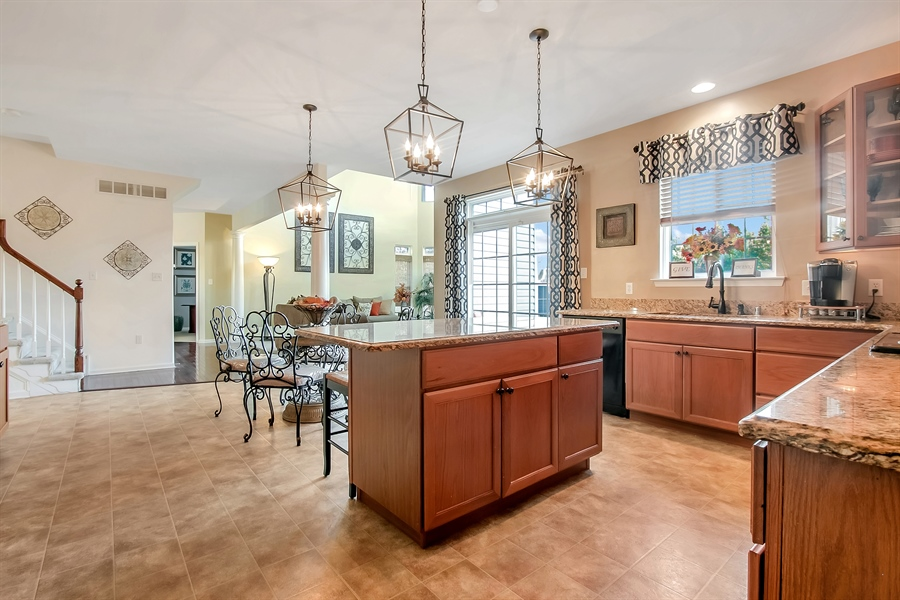 Real Estate Photography - 516 Bobolink Ct, Middletown, DE, 19709 - Kitchen with Center Island