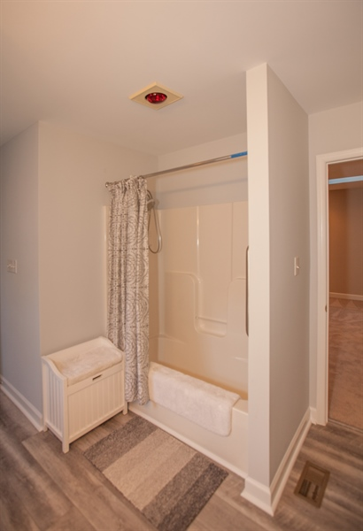 Real Estate Photography - 230 Niagara Falls Dr, Wilmington, DE, 19808 - Shower/Bath on Upper Level also connects to the Lo