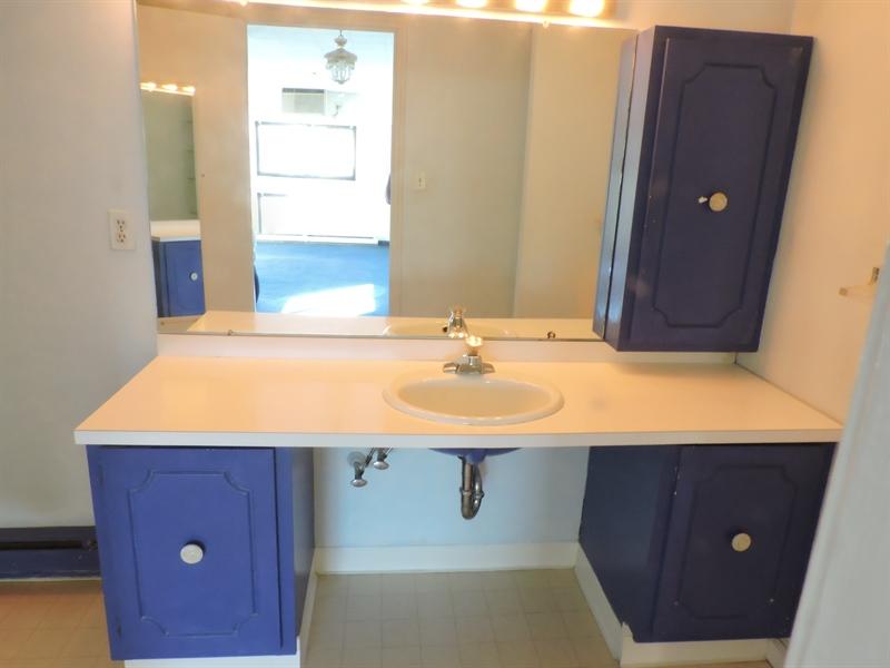 Real Estate Photography - 900 N Broom Street #15, 15, Wilmington, DE, 19806 - Owners Bath