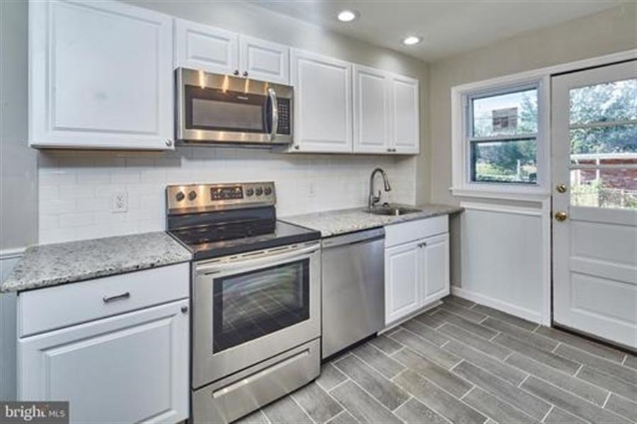 Real Estate Photography - 1614 W Latimer Pl, Wilmington, DE, 19805 - Location 3
