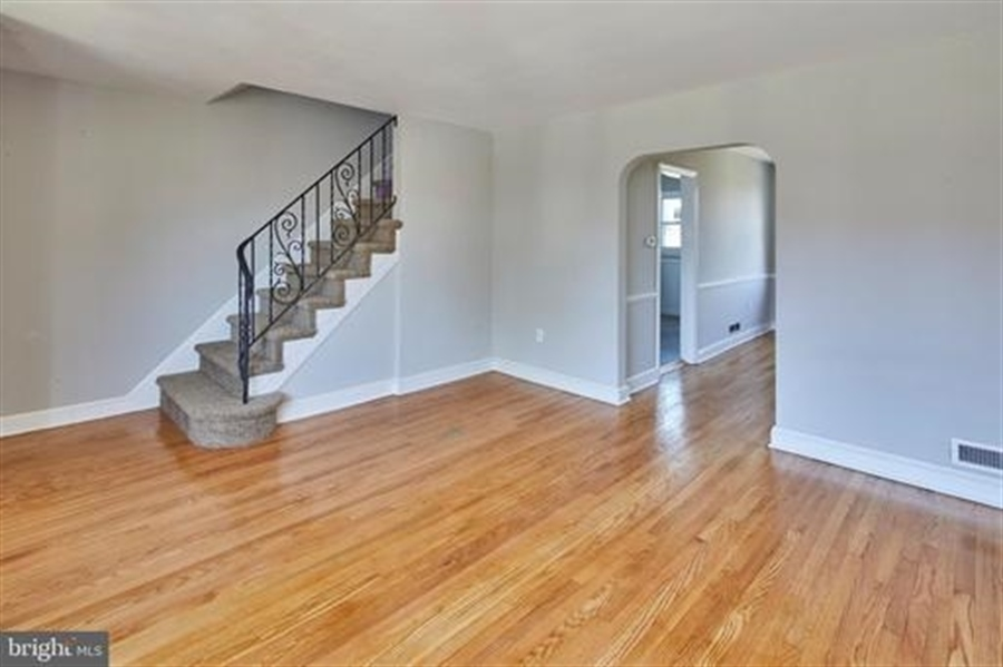 Real Estate Photography - 1614 W Latimer Pl, Wilmington, DE, 19805 - Location 5