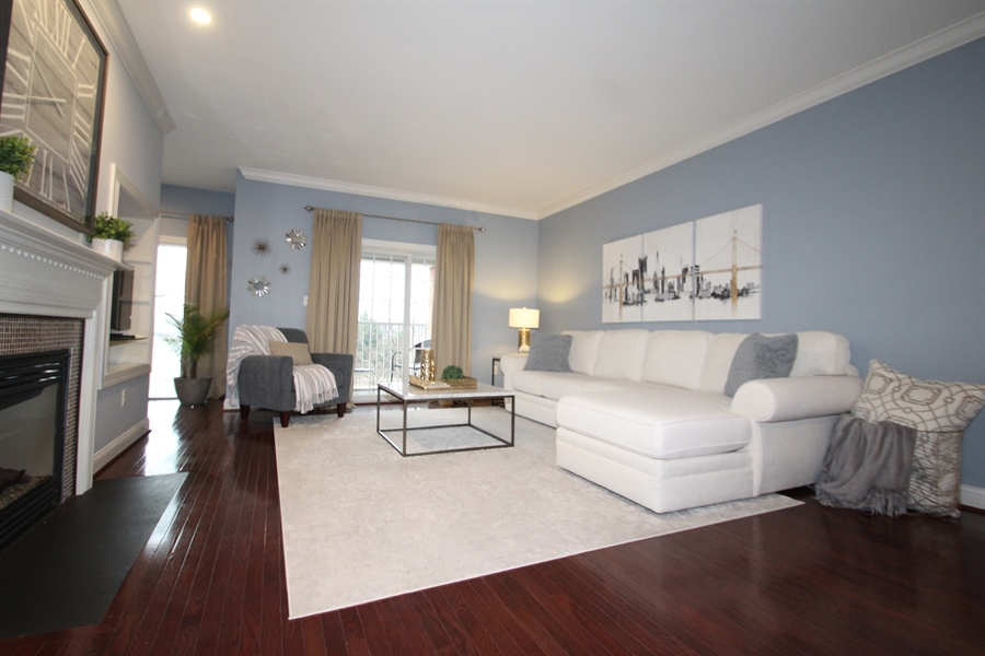 Real Estate Photography - 221 Christina Landing Dr, Wilmington, DE, 19801 - Living Room