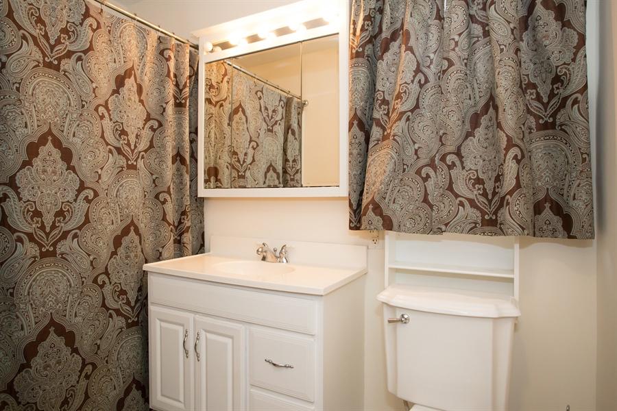 Real Estate Photography - 42 Dawes Dr, Newark, DE, 19702 - Updated hall bath