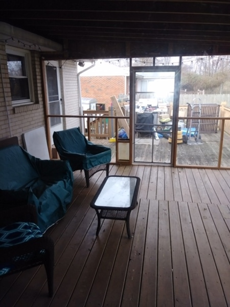 Real Estate Photography - 42 Dawes Dr, Newark, DE, 19702 - Screened porch off rear of home